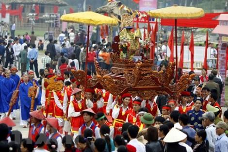 Về phục hồi lễ hội truyền thống trong xã hội đương đại