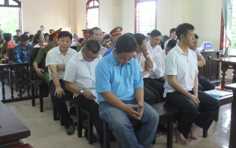 Phiên tòa xét xử vụ án cho vay gây thất thoát tại Vietcombank Tây Đô tiếp tục hoãn