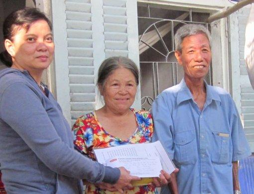Giúp đỡ gia đình ông Nguyễn Ngọc Hiền