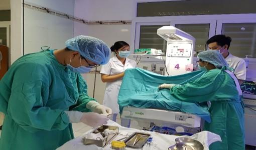 Thay máu kịp thời, cứu sống 4 trẻ sơ sinh bịvàng da nhân