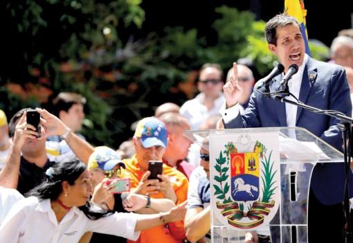 """Venezuela trong """"cuộc chiến"""" viện trợ nhân đạo"""