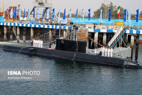 Iran trình làng tàu ngầm nội địa mang tên lửa hành trình