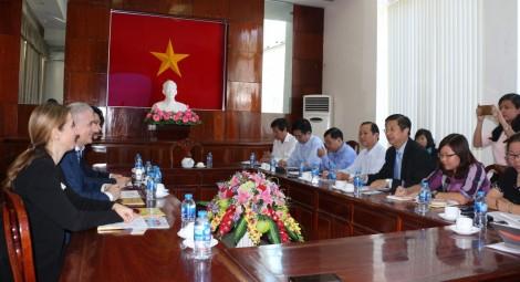 Lãnh đạo thành phố làm việc với Phòng Thương mại Ý tại Việt Nam