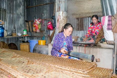 Sản phẩm làng nghề truyền thống thu hút người tiêu dùng Việt
