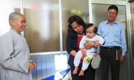 Lãnh đạo thành phố thăm Cơ sở bảo trợ xã hội Thiên Ân và chùa Bửu Trì