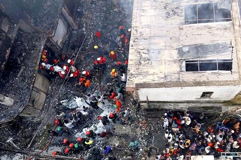 Cháy nổ lớn tại Bangladesh, ít nhất 70 người thiệt mạng