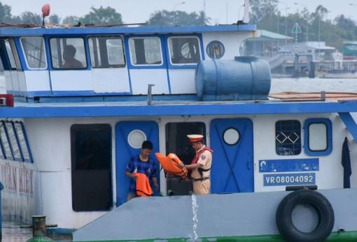 Xử lý nghiêm trường hợp vi phạm Luật Giao thông đường thủy nội địa