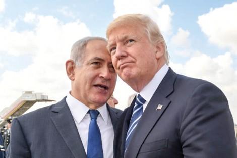 """Ông Trump """"làm nóng"""" Trung Đông"""