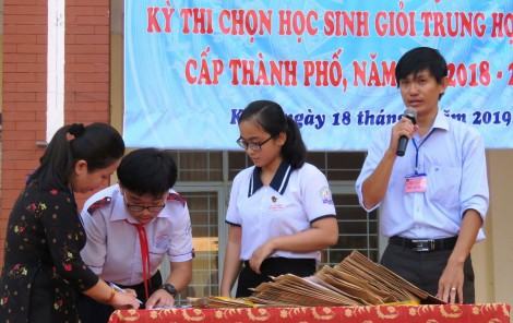 924  thí sinh thi học sinh giỏi THCS  cấp thành phố