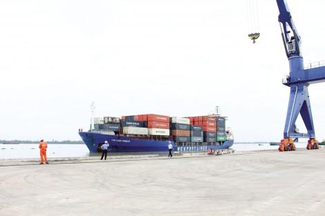 Liên kết hoàn thiện chuỗi dịch vụ logistics khép kín cho ĐBSCL