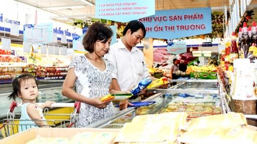 Người dân đã ưu tiên tiêu dùng hàng Việt