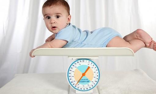 Dự đoán trẻ béo phì ngay từ những tháng đầu đời