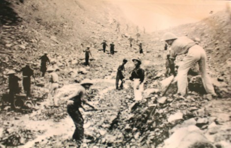 60 năm bản hùng ca Trường Sơn