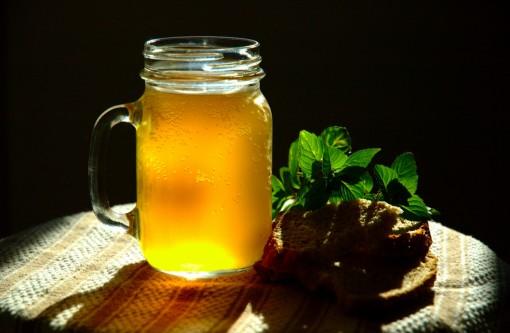 Cùng nếm thử những loại đồ uống đặc sản ở Nga và Trung Quốc