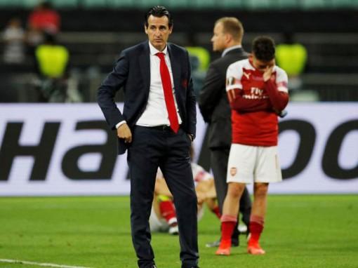 Mùa Hè khó khăn tại Emirates