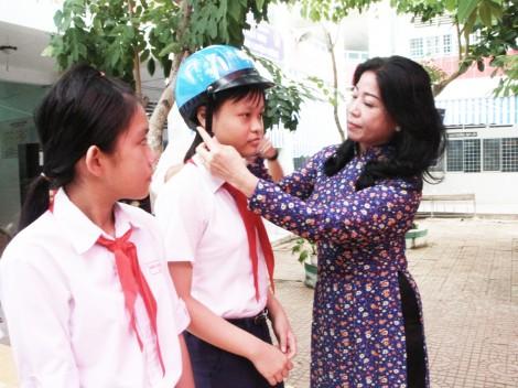 Tuyên truyền Luật Giao thông đường bộ  và văn hóa giao thông cho học sinh