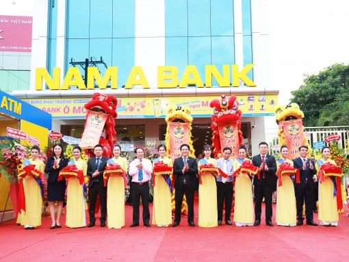 Tưng bừng khai trương Phòng giao dịch Nam A Bank Ô Môn