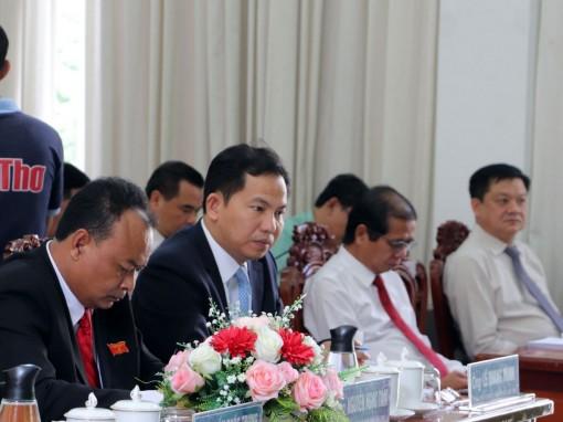 Thảo luận tổ, đa số đại biểu thống nhất báo cáo, tờ trình tại kỳ họp