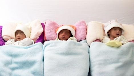 Ca sinh 3 hiếm gặp tại Bệnh viện Đa khoa Hoàn Mỹ Cửu Long