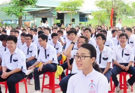 Học sinh Cần Thơ tựu trường vào ngày 19-8-2019