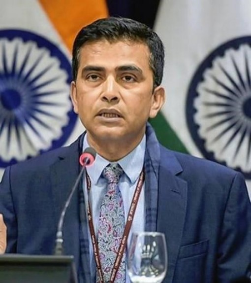 India calls for compliance with international law in East Sea