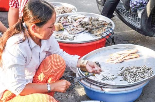 Cá nước ngọt khan hiếm, giá cao