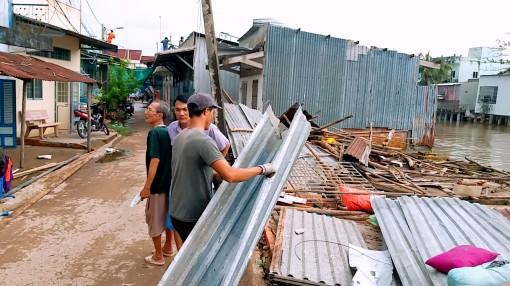 Cà Mau: Lốc xoáy làm nhà sập, một người bị đè chết