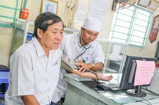Điều trị tăng huyết áp, đái tháo đường ở trạm y tế