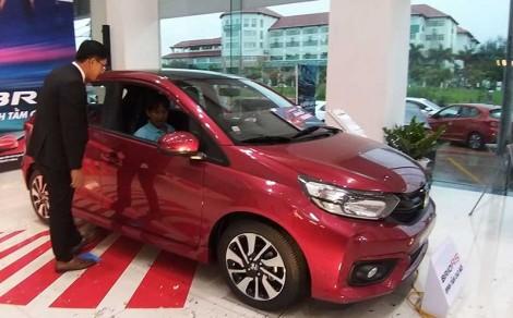 Doanh số bán hàng toàn thị trường ô tô tăng 22%