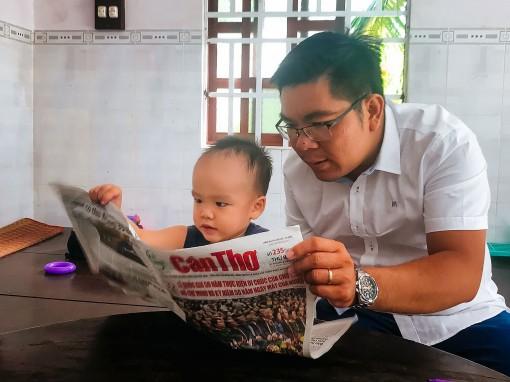 Cậu bé 2 tuổi đã biết đọc vanh vách!