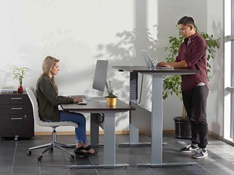 Cách sử dụng bàn đứng tốt nhất trên cơ sở khoa học