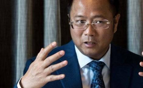 Úc đóng băng tài sản của tỉ phú Trung Quốc