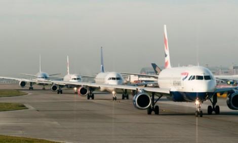 Báo động phát thải CO2 trong hoạt động hàng không