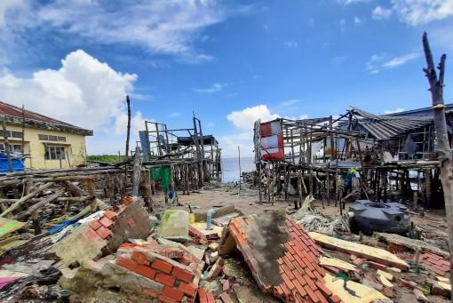 Cà Mau: Ban bố tình huống khẩn cấp sạt lở bờ biển, bờ sông