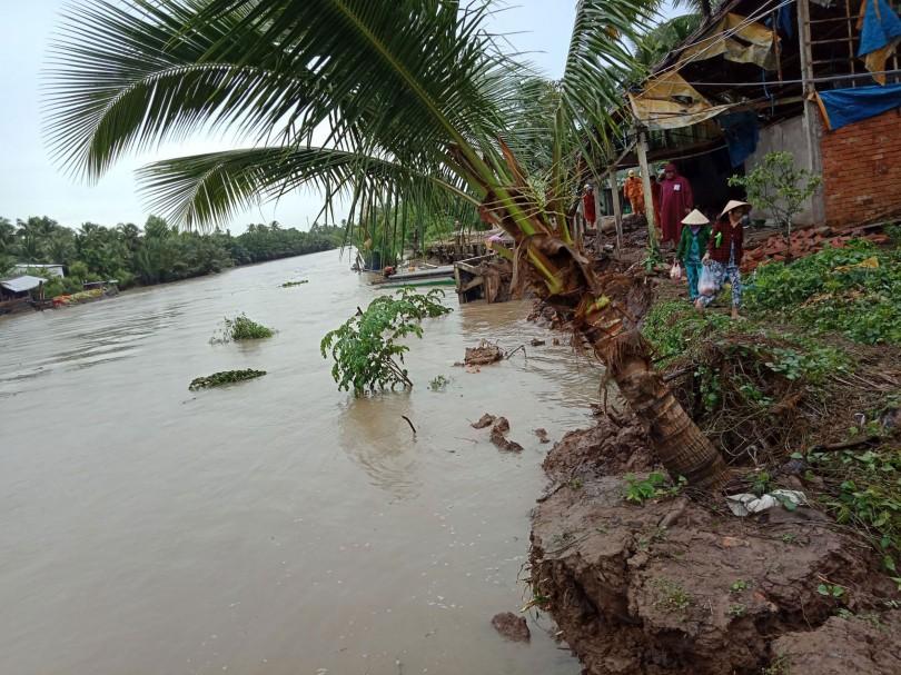 Sóc Trăng: Công bố tình huống khẩn cấp sạt lở bờ sông, bờ biển