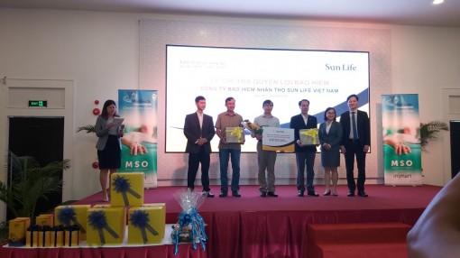 Sun Life Việt Nam chi trả quyền lợi bảo hiểm bệnh hiểm nghèo cho một khách hàng tại Cần Thơ với số tiền 438 triệu đồng