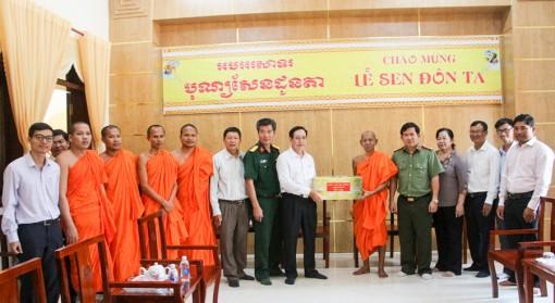 Chúc mừng đồng bào dân tộc Khmer nhân dịp lễ Sene Dolta