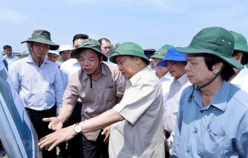 PM directs landslide prevention in Mekong Delta
