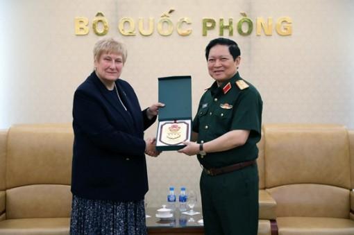 Thúc đẩy hơn nữa hợp tác quốc phòng Việt Nam-Anh