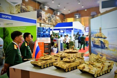 Nhiều vũ khí, công nghệ hiện đại trưng bày tại DSE Vietnam 2019