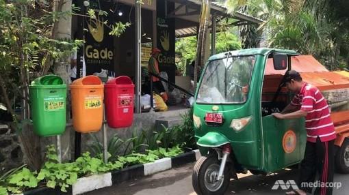 Đổi rác lấy vàng ở Indonesia