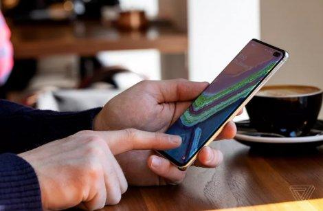 Samsung hứa hẹn sửa lỗi nhận dạng vân tay trên Galaxy S10, Note 10