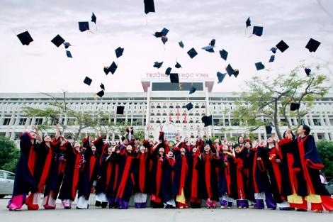 Tập đoàn hóa đại học công lập ở một số nước và bài học kinh nghiệm quản trị đại học ở Việt Nam