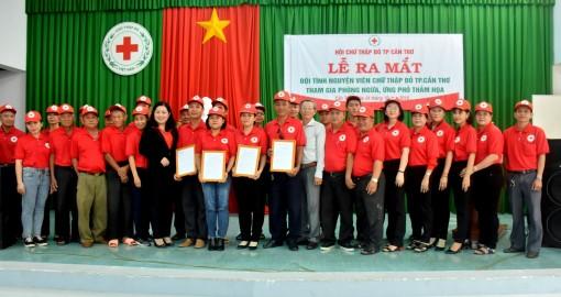 Ra mắt Đội tình nguyện viên Chữ thập đỏ TP Cần Thơ tham gia phòng ngừa, ứng phó thảm họa