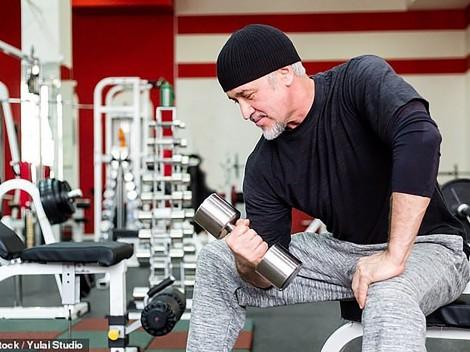 Giữ gìn cơ bắp giúp nam giới  trung niên phòng tránh đau tim  và đột quỵ