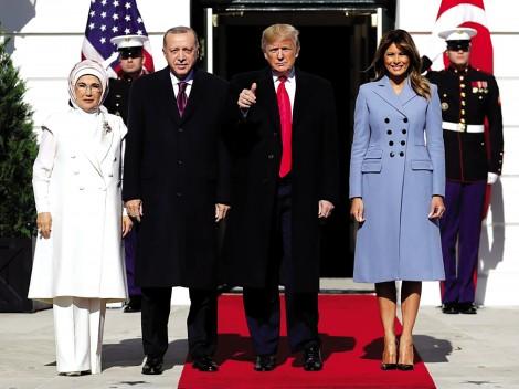 Ông Trump bất ngờ ưu ái Tổng thống Thổ Nhĩ Kỳ