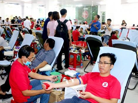 Cung cấp đủ máu, an toàn, chất lượng cho cấp cứu  và điều  trị