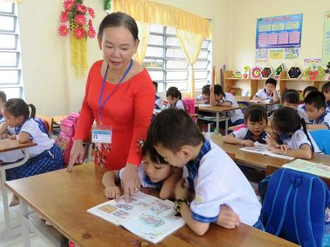 Cờ Đỏ chuẩn bị chương trình giáo dục phổ thông mới