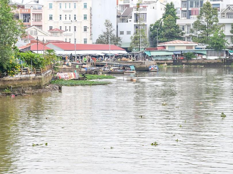 Hướng đến dòng sông không rác thải nhựa