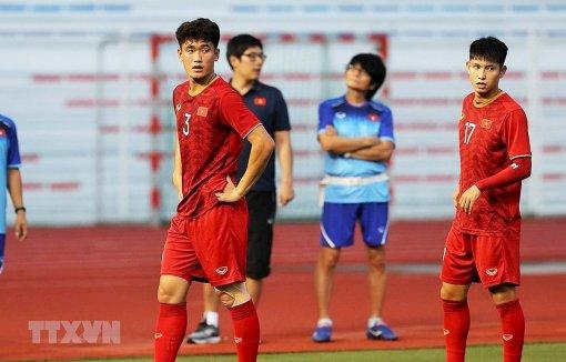 Tấn Sinh, Trọng Hùng chấn thương, nhiều khả năng nghỉ trận gặp U22 Lào